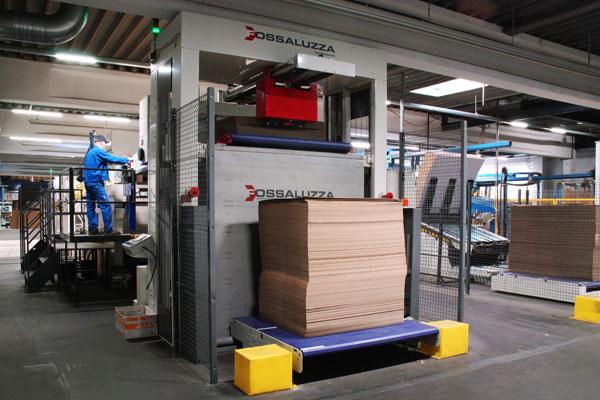 Vollautomatische Produktion mit Transferwagensystem